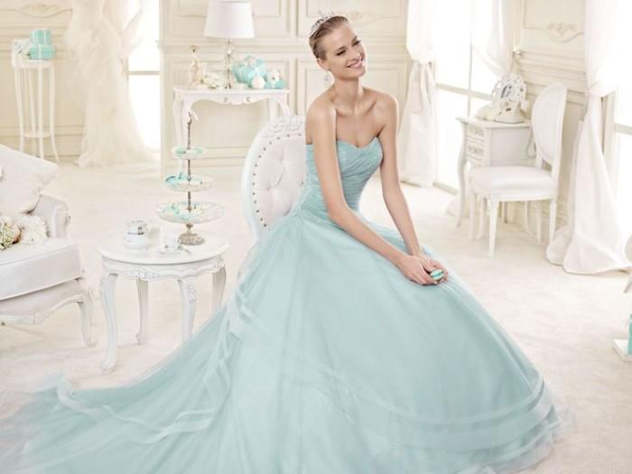Matrimonio Color Azzurro Polvere : Nicole spose arriva la maestosa collezione di abiti