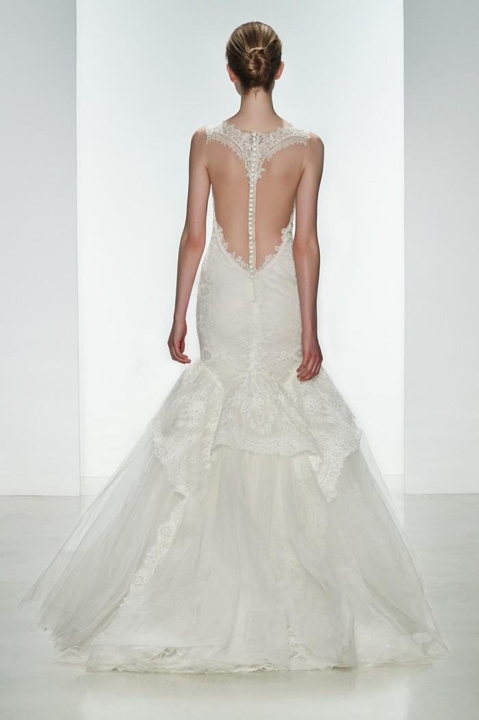 Kenneth Pool presenta una collezione primavera-estate 2015 perfetta per una  sposa moderna e raffinata 0496d687a41