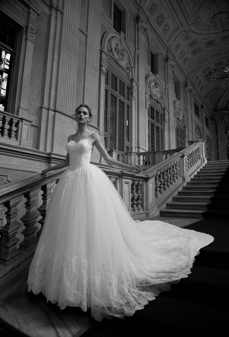 1b9b6d41a66a Nicole Spose collezione Alessandra Rinaudo 2016 abiti sposa (69). Published  on 2 Agosto 2015 ...