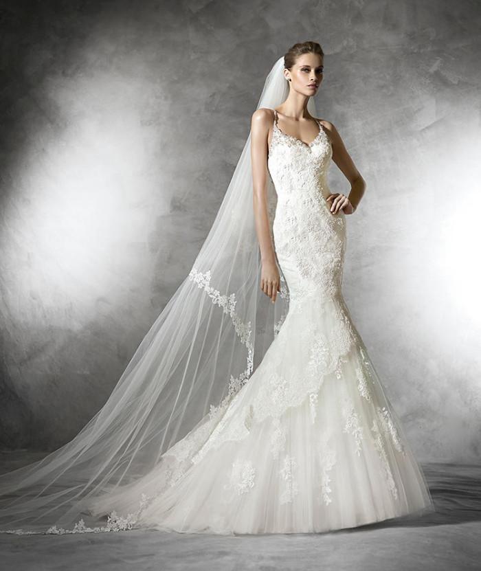 che prezzi hanno gli abiti da cerimonia pronovias blog su abiti da sposa italia. Black Bedroom Furniture Sets. Home Design Ideas