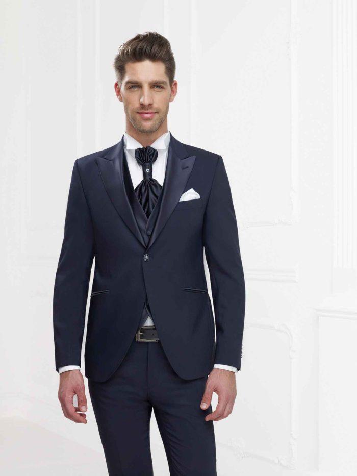 Ospite Matrimonio Vestito Uomo : Andrea versali eleganza ricercata e moderna per gli