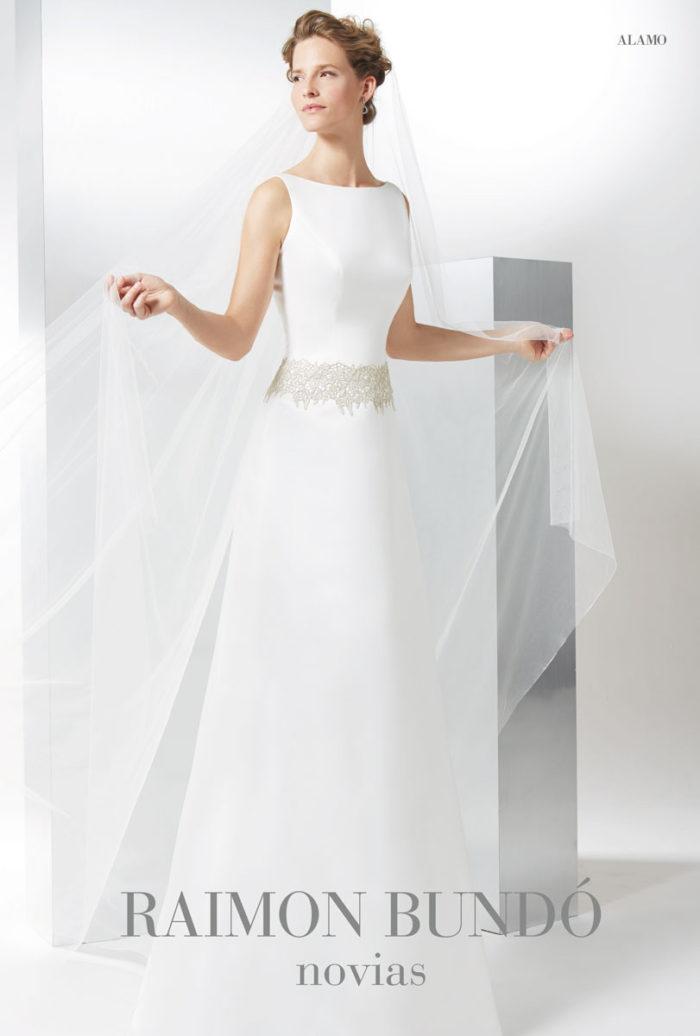 abito-sposa-Raimon Bundo-modello-alamo