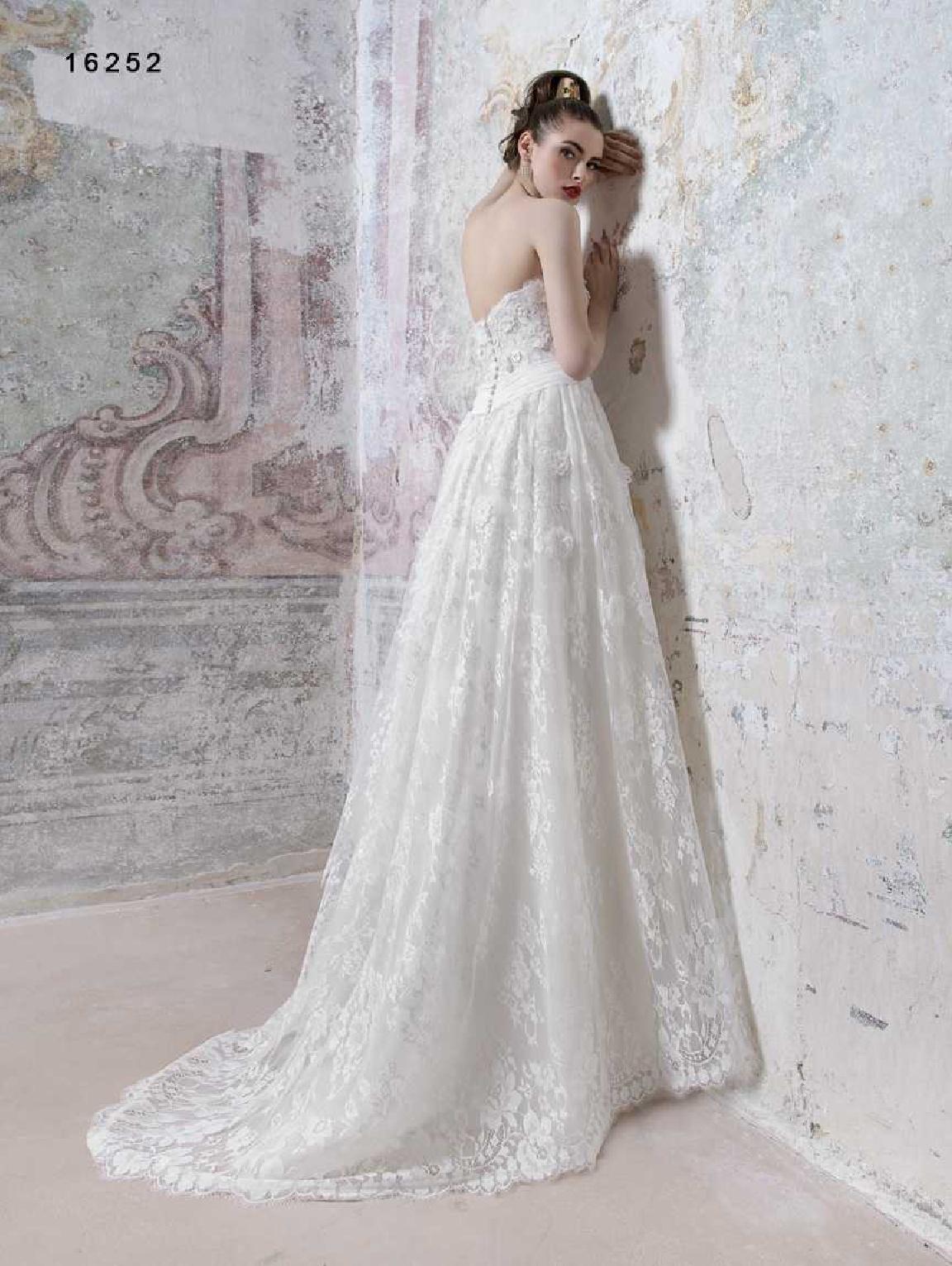 vinni-collezione-2017-abiti-sposa-49  ABITI DA SPOSA