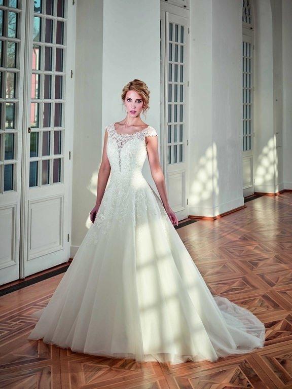 abito-sposa-Diane Legrand-2017-modello-6217-Romance