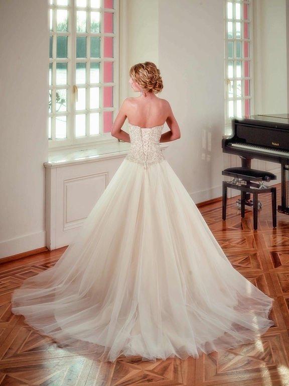 abito-sposa-Diane Legrand-2017-diamant-modello-6115-couture-retro