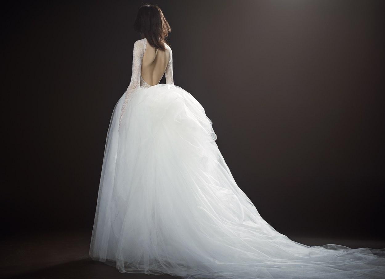 Vera Wang collezione 2018 abiti sposa (7)  e5c43902d52