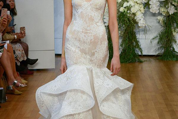 7460710003 Monique Lhuillier   classicità glamour per la collezione 2018 di abiti da  sposa