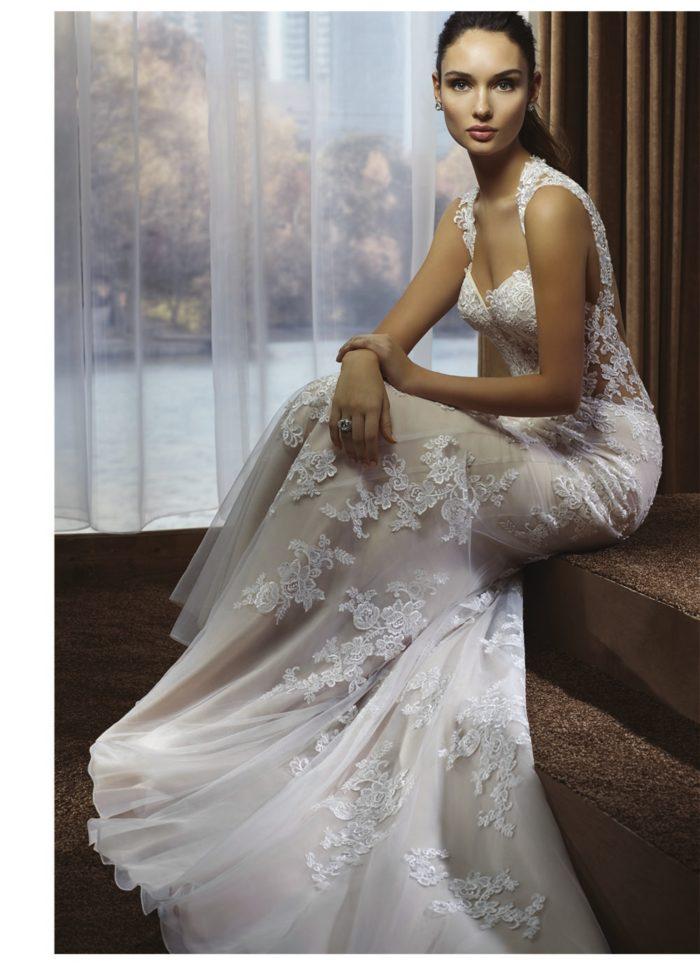 ade956808de8 ... romantica e delicata che molte spose sognano per il loro grande giorno