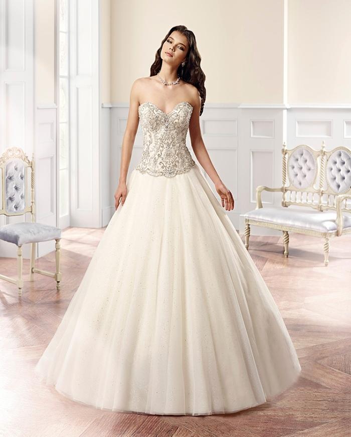 3bb417bce088 Eddy K presenta questa collezione Couture 2015 perfetta per lusingare l ego  di ogni futura sposa