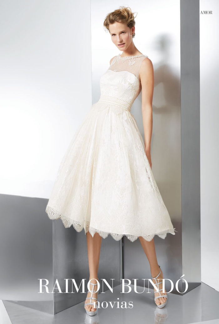 abito-sposa-Raimon Bundo-modello-amor