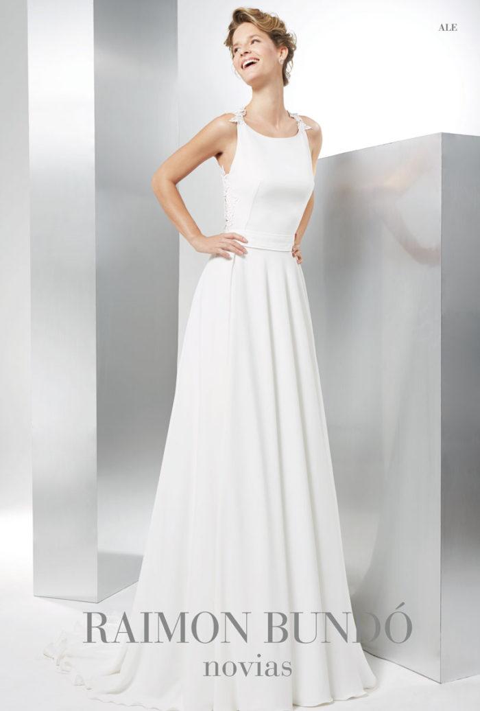 abito-sposa-Raimon Bundo-modello-ale