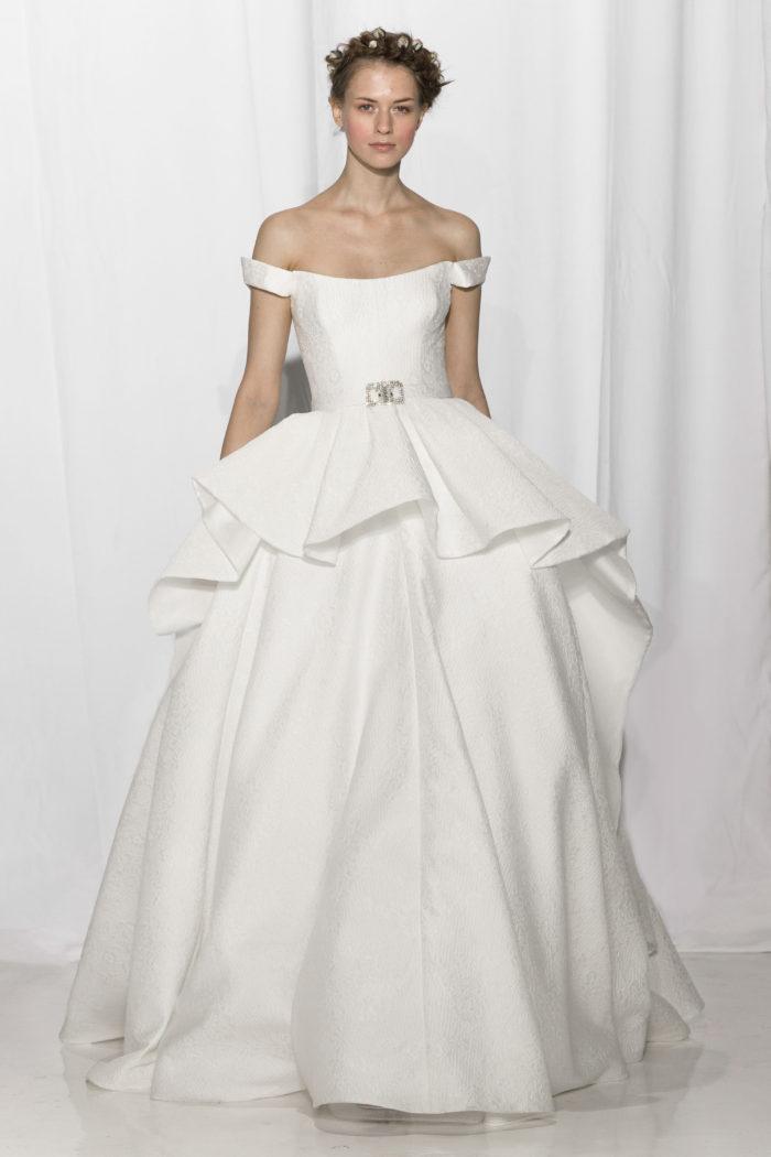 abito-sposa-Reem Acra-2017-modello-look 18-Anouk
