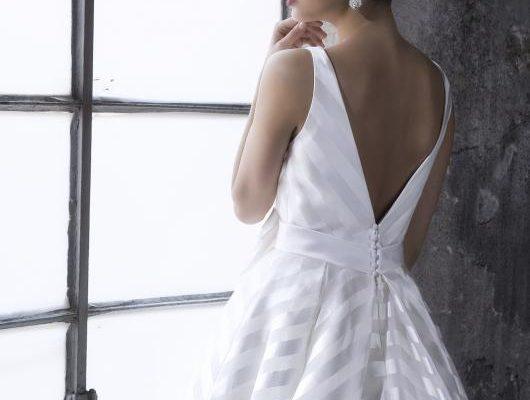 abito-sposa-valentini-egò-2017-modello-stella-retro1
