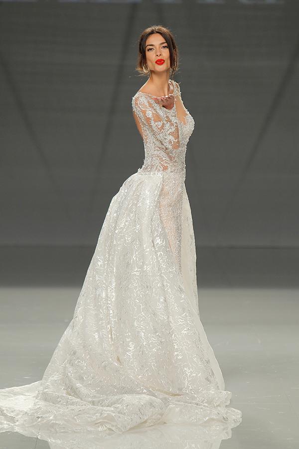 7173a5ee7e6c Demetrios   l eleganza del romanticismo moderno degli abiti da sposa ...